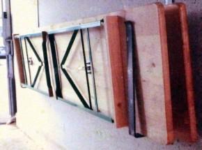 Halterung für Biergartengarnitur Wandhalter für Festzeltgarnitur Sitzgruppe